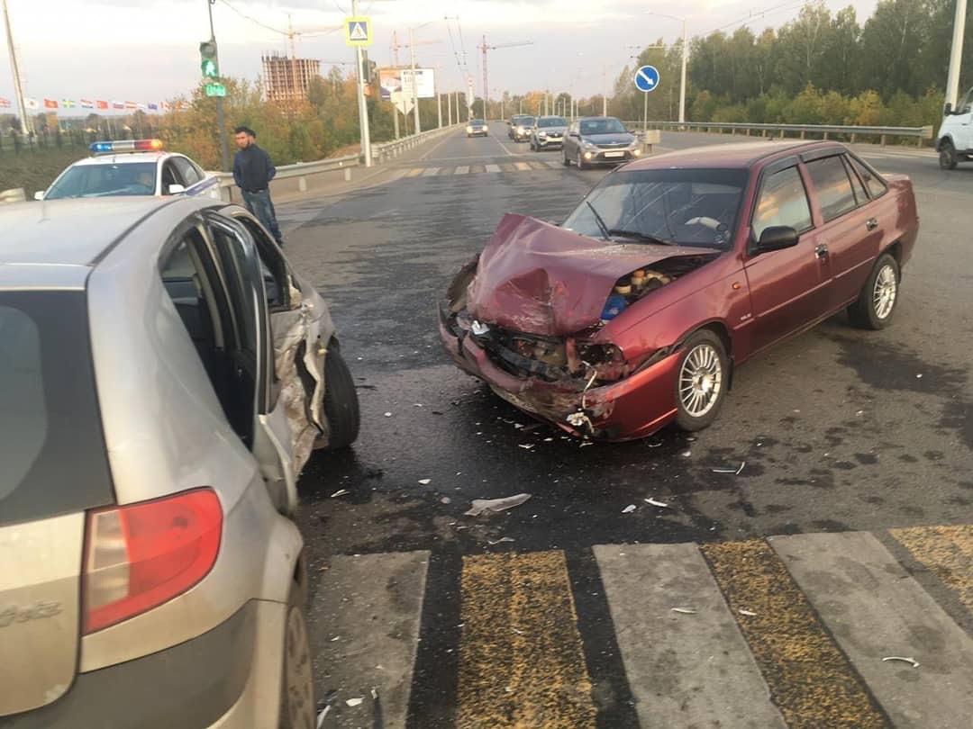 Жительница Уфы на иномарке влетела во встречную машину: Пострадали 4 человека
