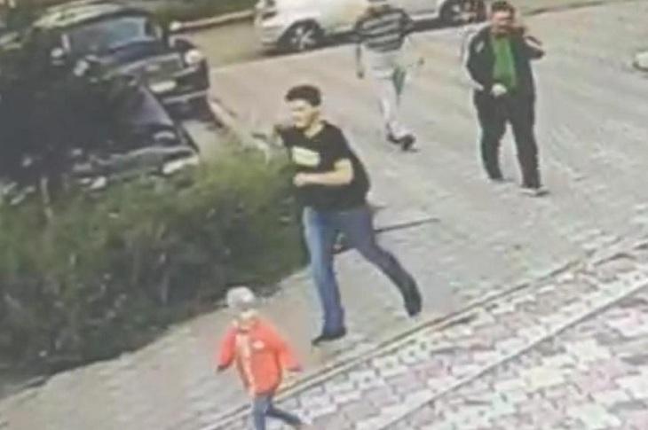 В Ангарске разыскивают подозреваемого в совершении преступления в отношении школьницы