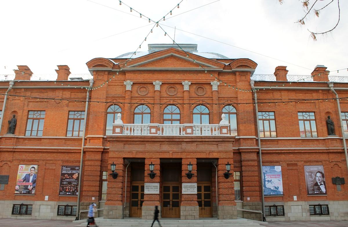Аскар Абдразаков стал художественным руководителем Театра оперы и балета Башкирии