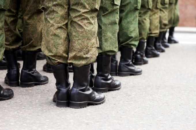 Уфимские военкоматы объявили набор на прохождение службы по контракту