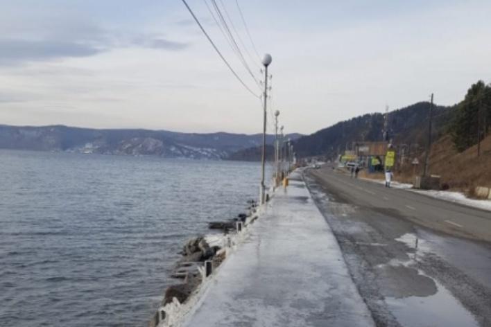 Суд признал незаконным разрешение на берегоукрепление в Листвянке