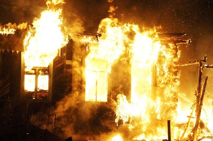 Мужчина погиб при пожаре в Братском районе
