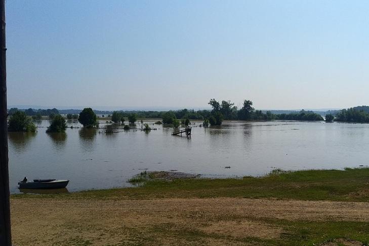 Жители Чунского района пожаловались на невыплату компенсаций после паводка