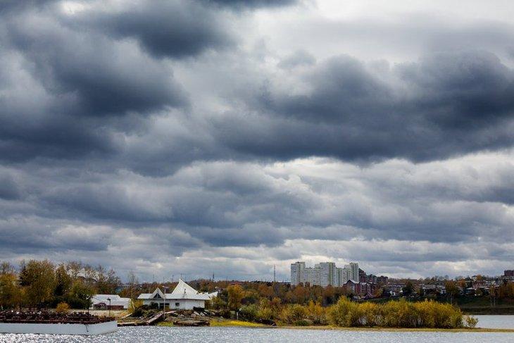 Небольшой дождь ожидается в Иркутске днем 18 октября
