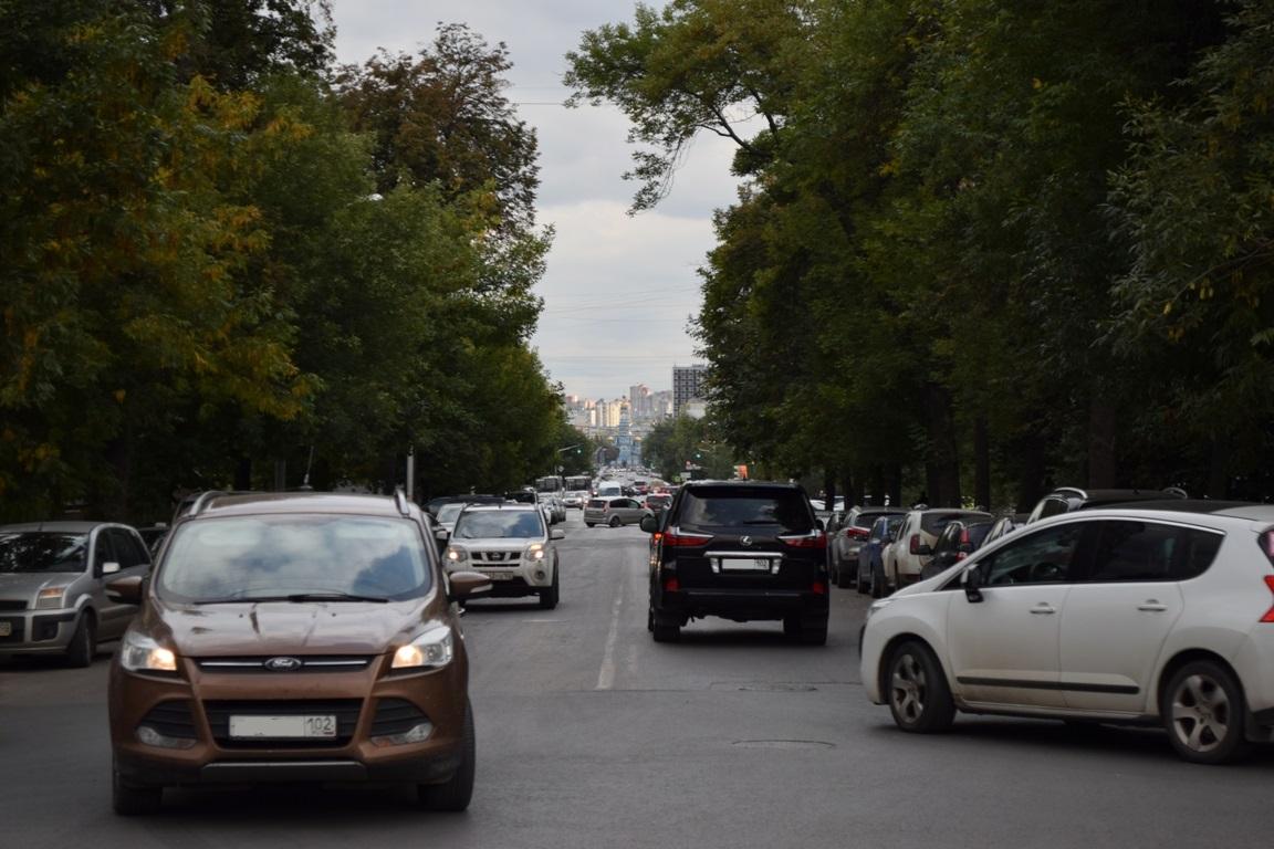 Названы самые популярные автомобили с пробегом в Башкирии по итогам сентября