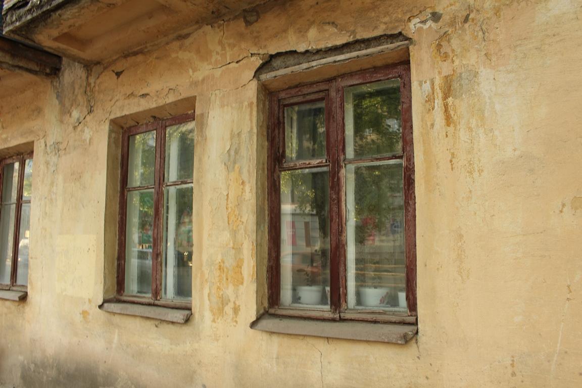 В Уфе 120-летний дом с перекошенными стенами признали пригодным для жилья
