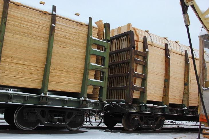Иркутская таможня возбудила уголовные дела за невозврат 228 миллионов рублей из Афганистана за лес