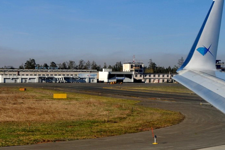 Самолет, летевший из Владивостока в Новосибирск, сел в Братске из-за плохого самочувствия пассажира
