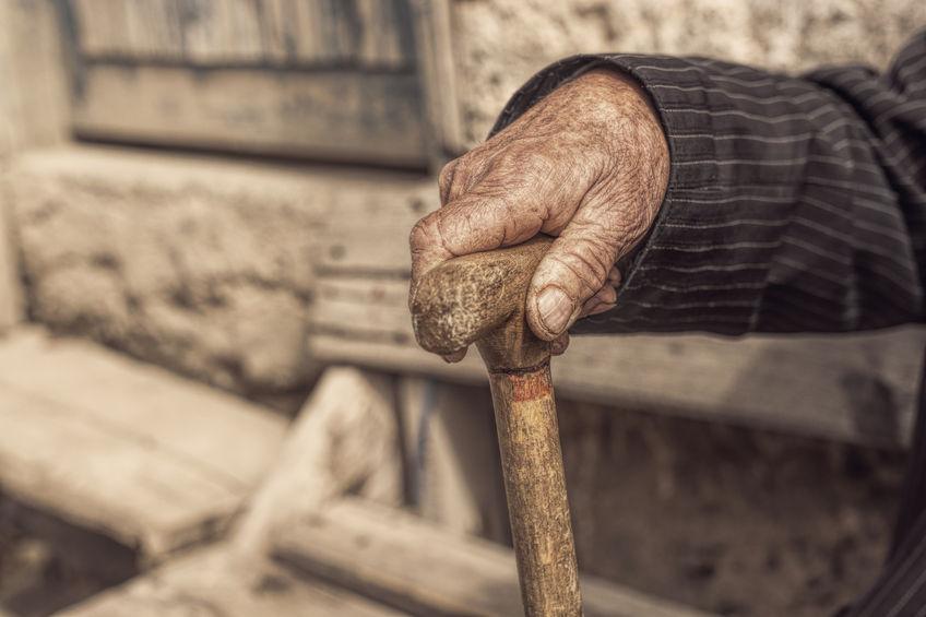 Стало известно, на сколько лет женщины живут дольше мужчин в Башкирии