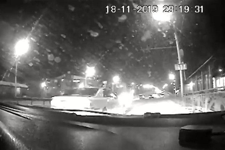 В Иркутске после погони задержали грабителя