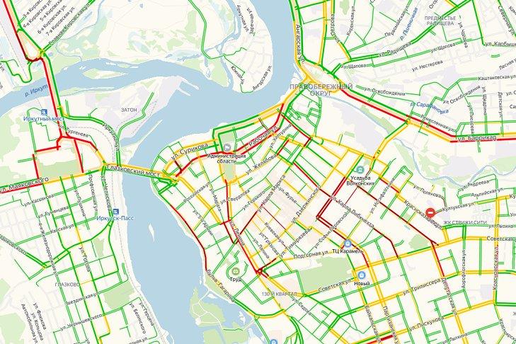 Километровые пробки произошли в Иркутске вечером 11 ноября