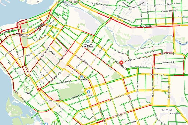 Многокилометровые пробки образовались в Иркутске вечером 12ноября