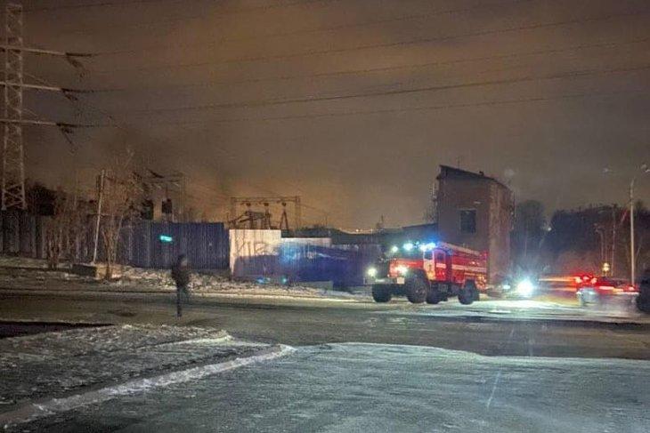 В Октябрьском округе отключили электричество из-за возгорания на подстанции