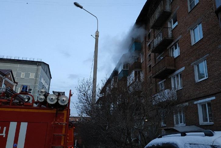 Человек погиб при пожаре в жилом доме на Касьянова в Иркутске