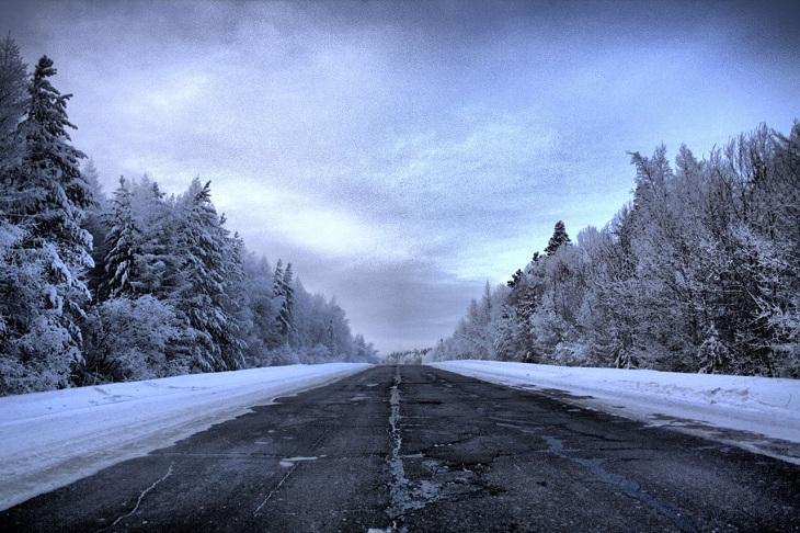 Закрытый из-за непогоды участок дороги Братск — Усть-Илимск открыли