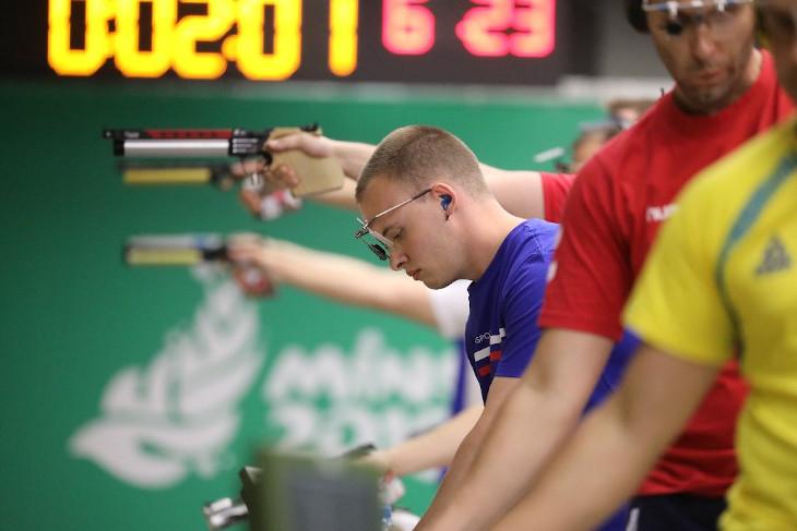 Артем Черноусов выиграл бронзовую медаль на Кубке мира по пулевой стрельбе