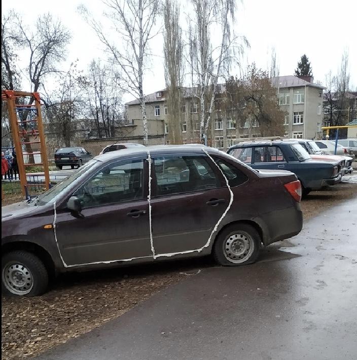 В Башкирии машину местной жительницы из мести залили монтажной пеной