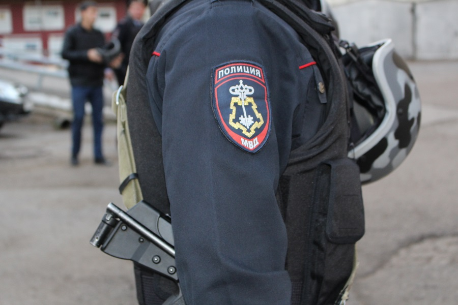 Жителя Башкирии отправили за решетку за нападение на полицейского