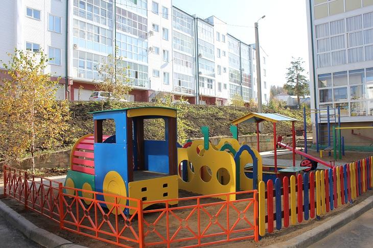 В шести муниципалитетах Иркутского района обустроили дворы