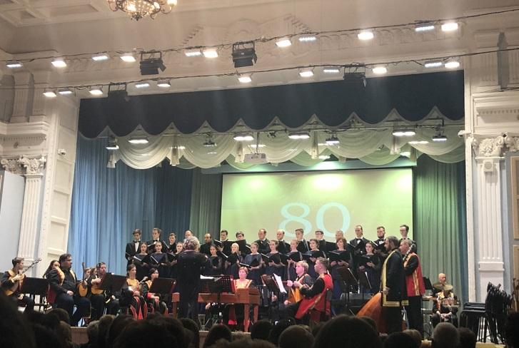 Шесть миллионов рублей на музыкальные инструменты подарили Иркутской областной филармонии на юбилей