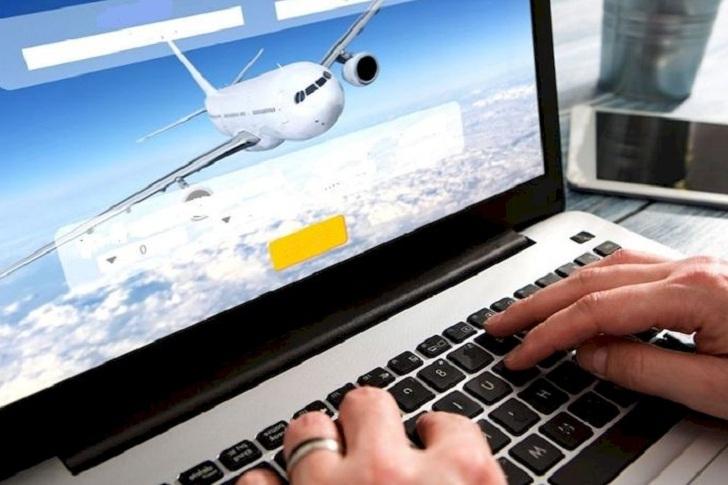 Жителей Иркутской области предупредили о мошеннических продажах авиабилетов в предновогодние дни
