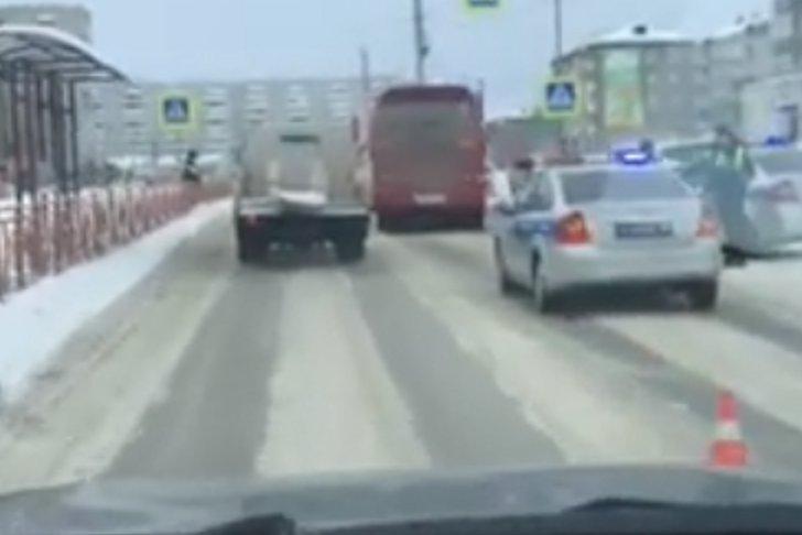 В Ангарске пенсионерку сбил автобус на пешеходном переходе
