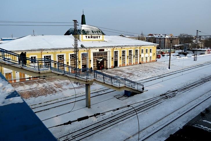 Вахтовику из Заларинского района грозит штраф 40 тысяч рублей за оскорбление полицейских