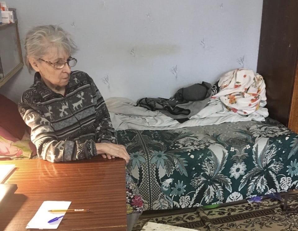 Волонтёры из Уфы навестили бабушку, мечтавшей о пачке чая