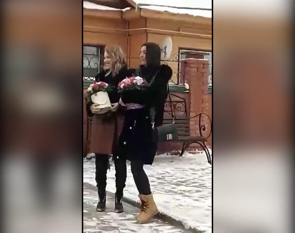 Ксения Собчак и певица Алсу посетили одну из деревень Башкирии