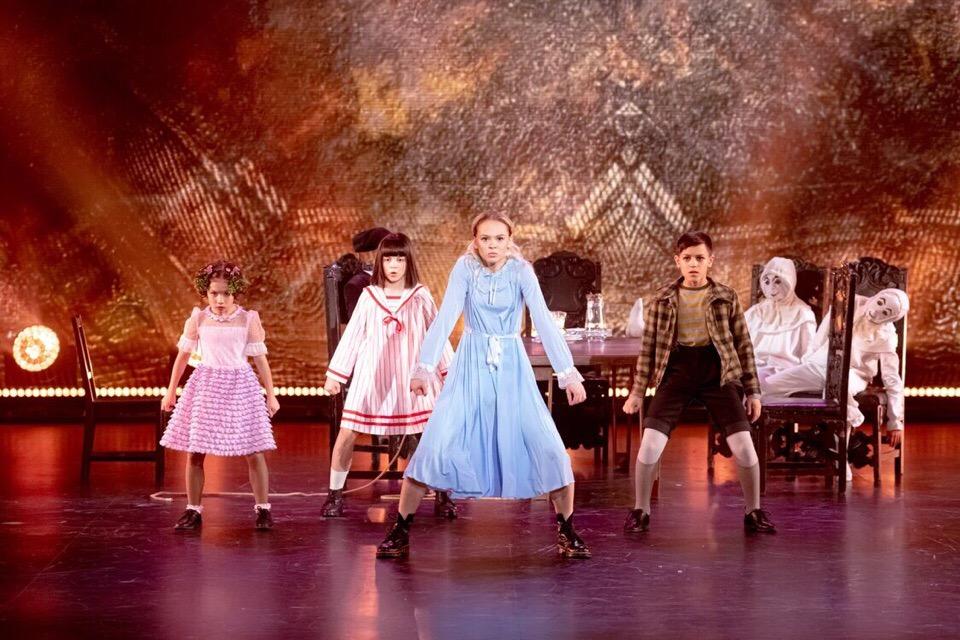 «Вы потрясающие дети»: Трое ребят из Башкирии выступили в шоу «Танцы» на ТНТ